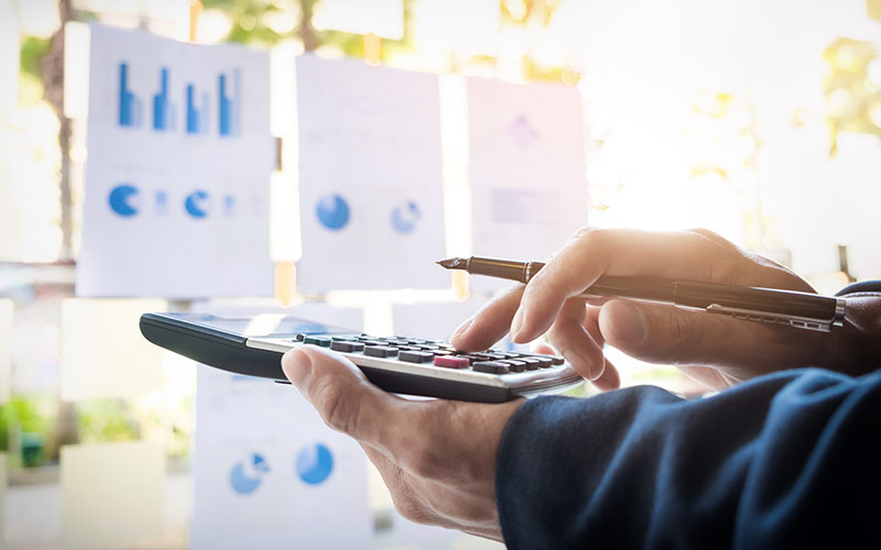 Budgetprocess i ett modernt Cloudsystem istället för Excel. Effektivisera processen i molnet. jobba med den kommande budgetprocessen i Adaptive Insights.